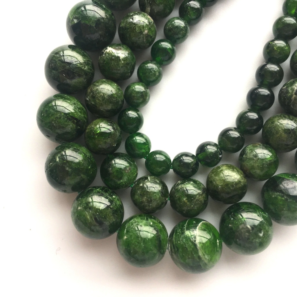 A-Grade-Natural-Russia-Green-Chrome-Diopside.jpg
